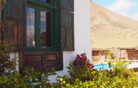 Lanzarote Holiday Villa